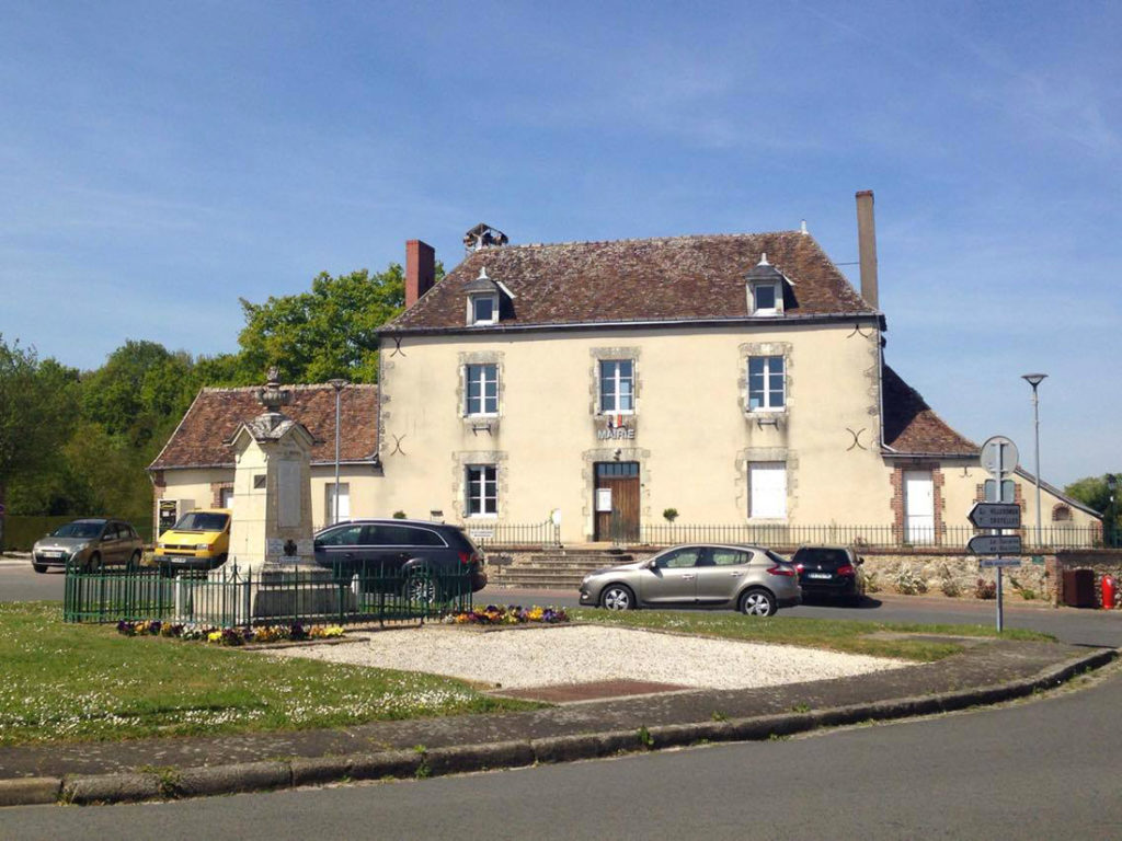 Mairie Auzouer en Touraine