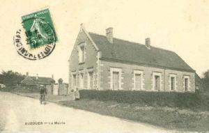 Histoire de la mairie d'Auzouer en Touraine